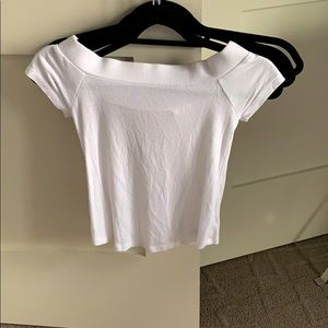 Whit off the shoulder t-shirt